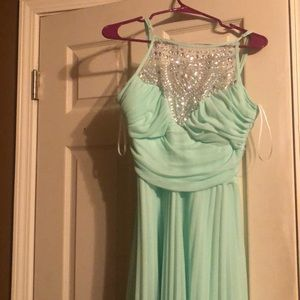 B Darlin prom dress size 13/14.
